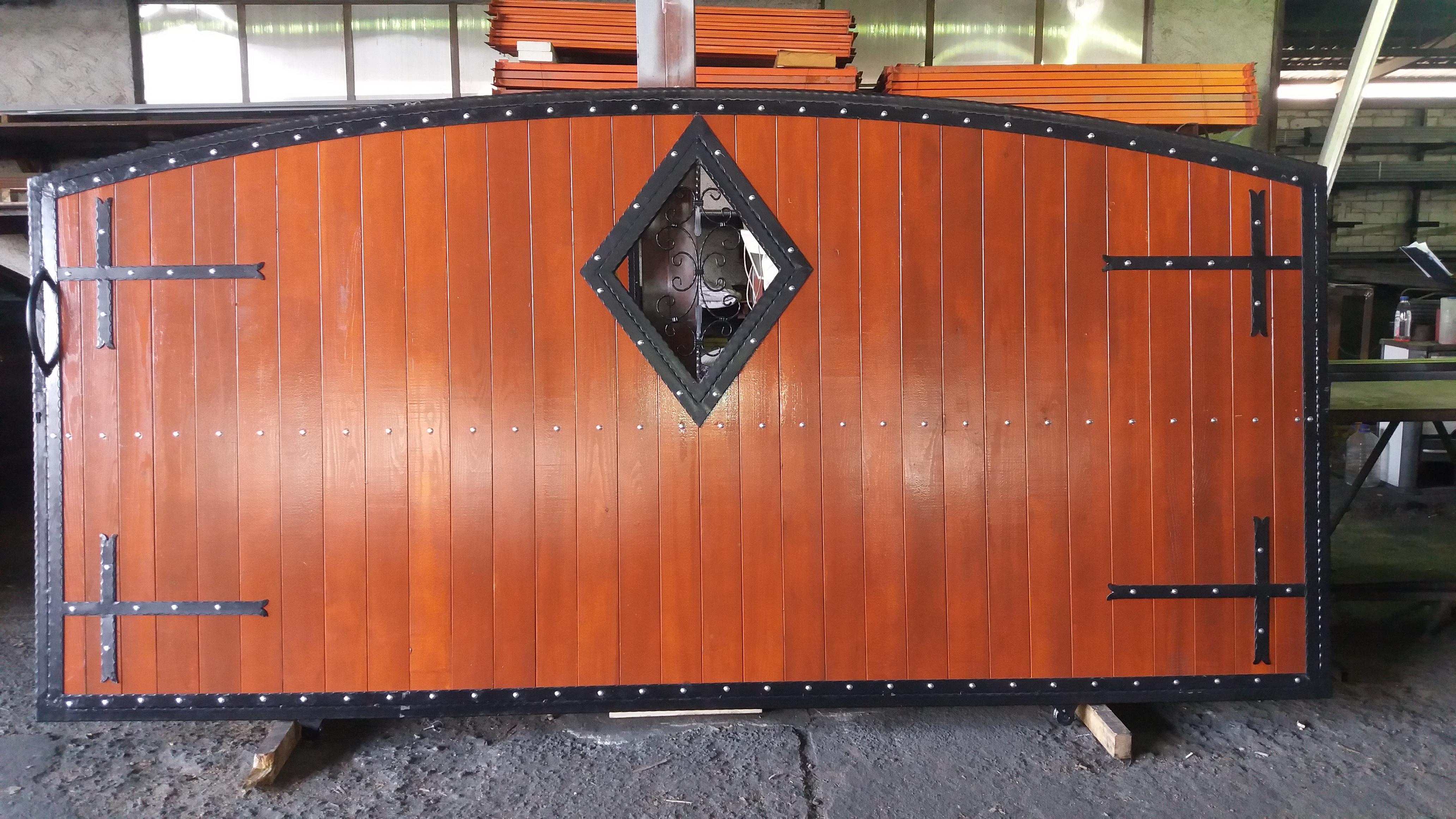 Pravljenje i montaža kapije