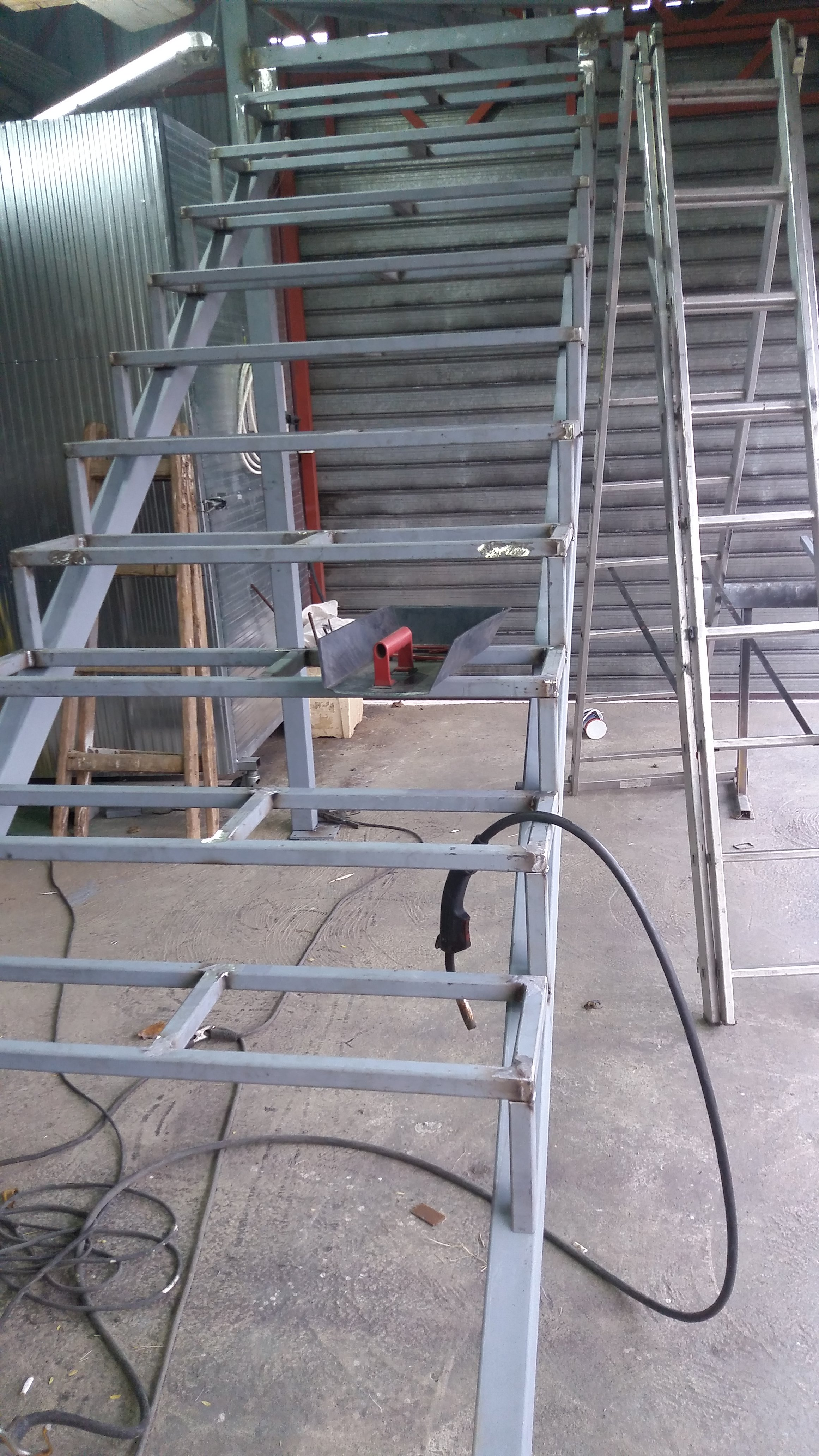 Izrada čelične konstrukcije za stepenice 7