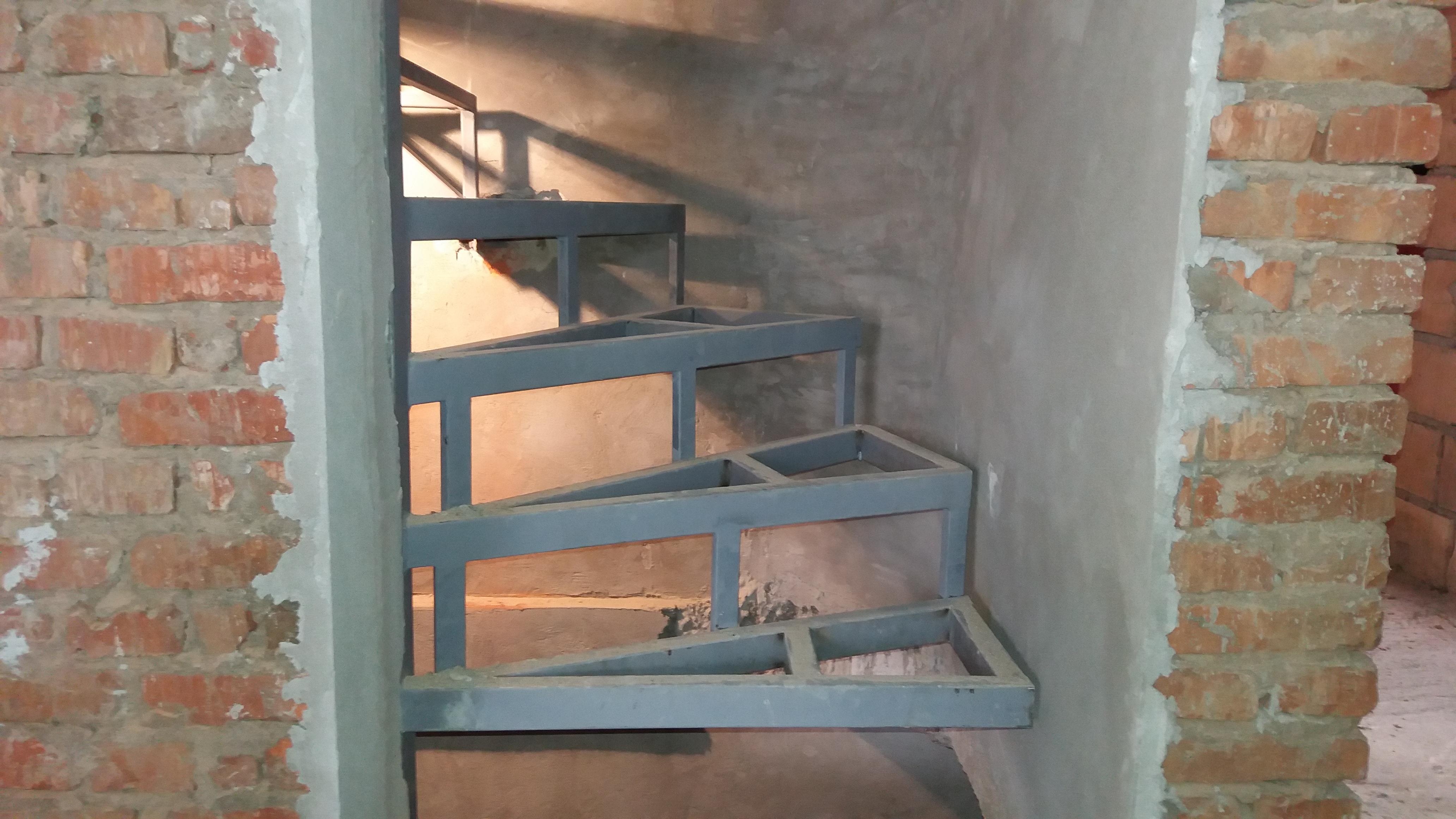 Izrada čelične konstrukcije za stepenice2