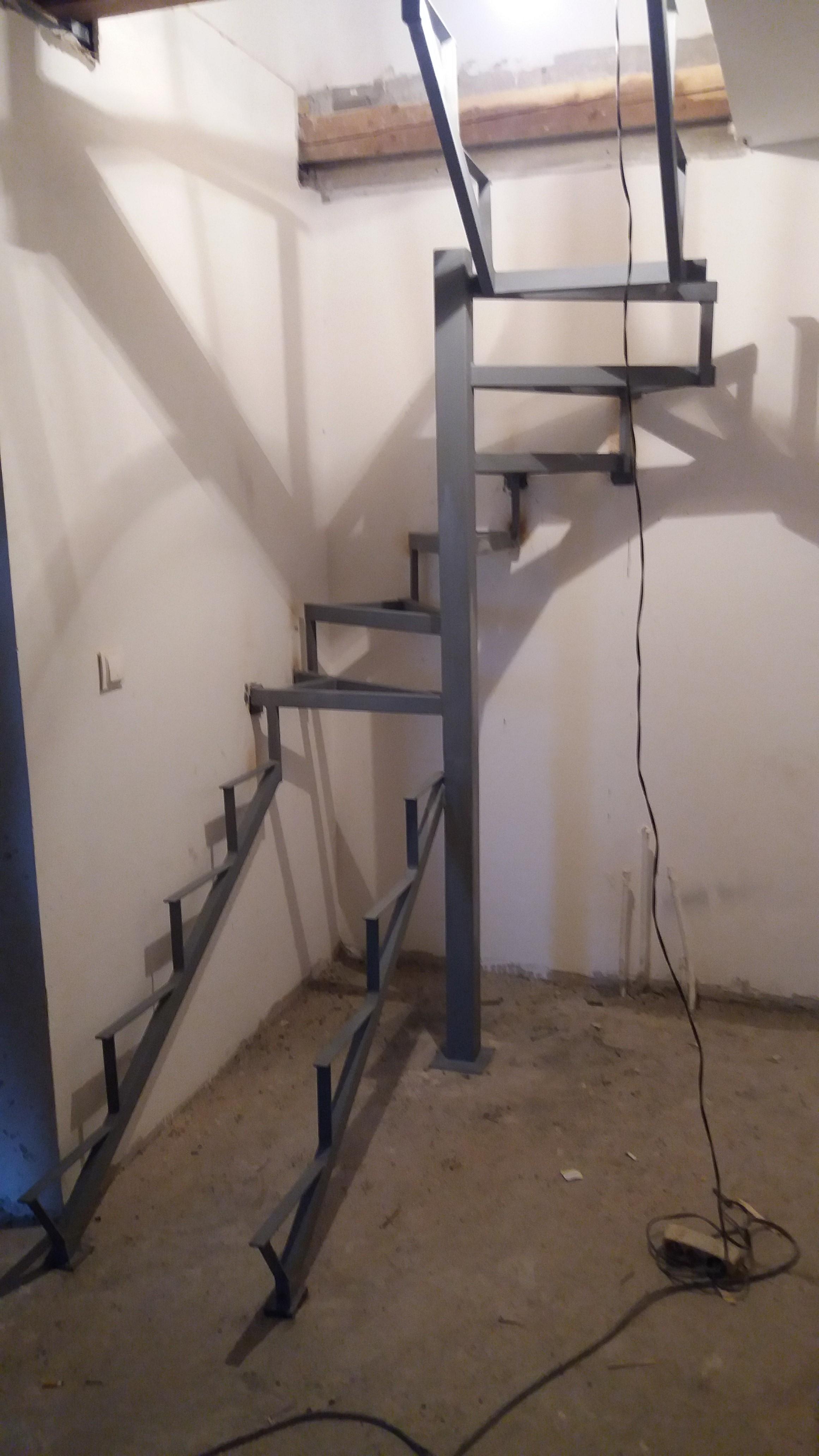 Spiralne stepenice Borča