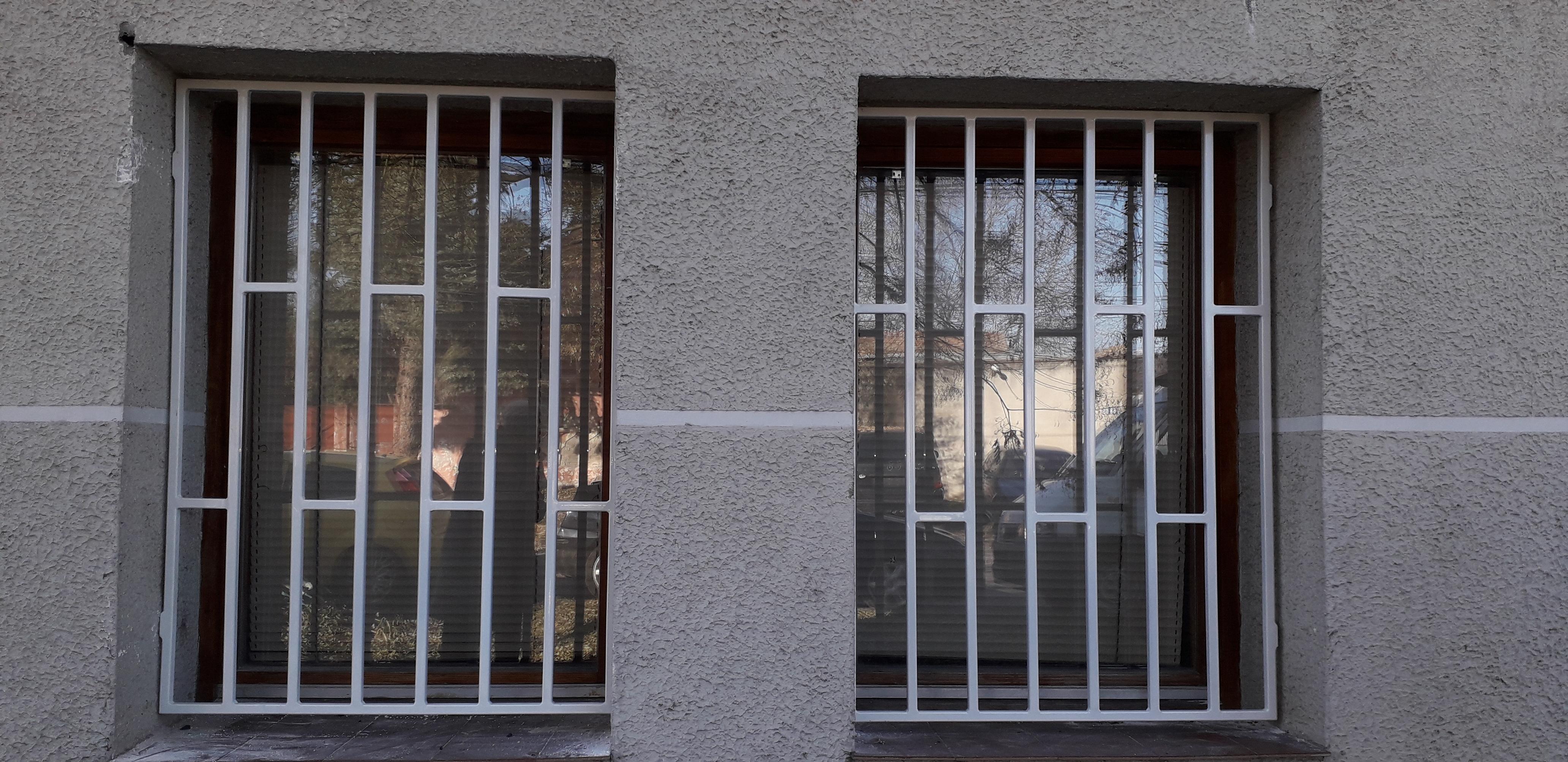 Ugradnja rešetki na prozore