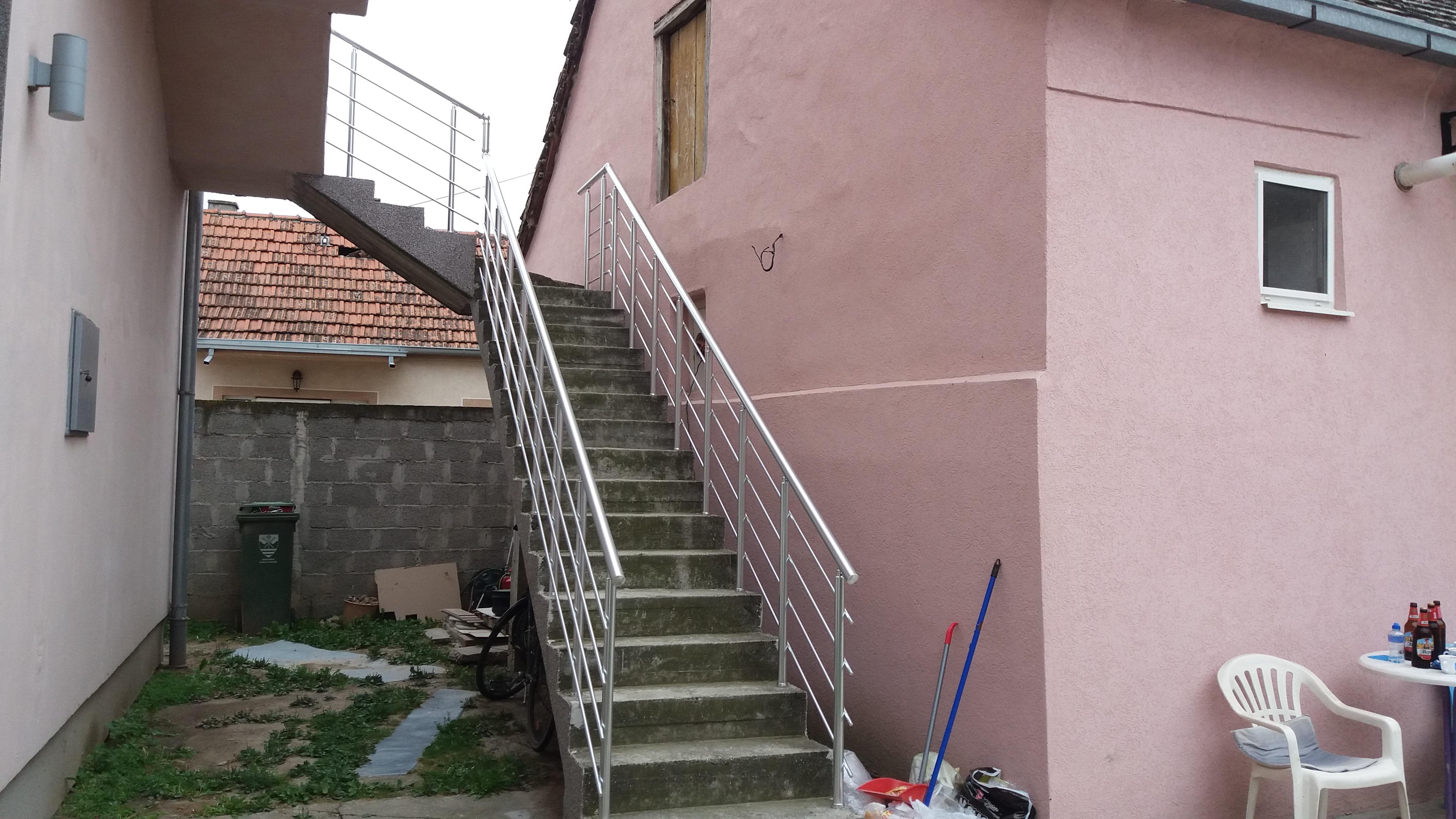 Gelenderi za spoljašnje stepenice