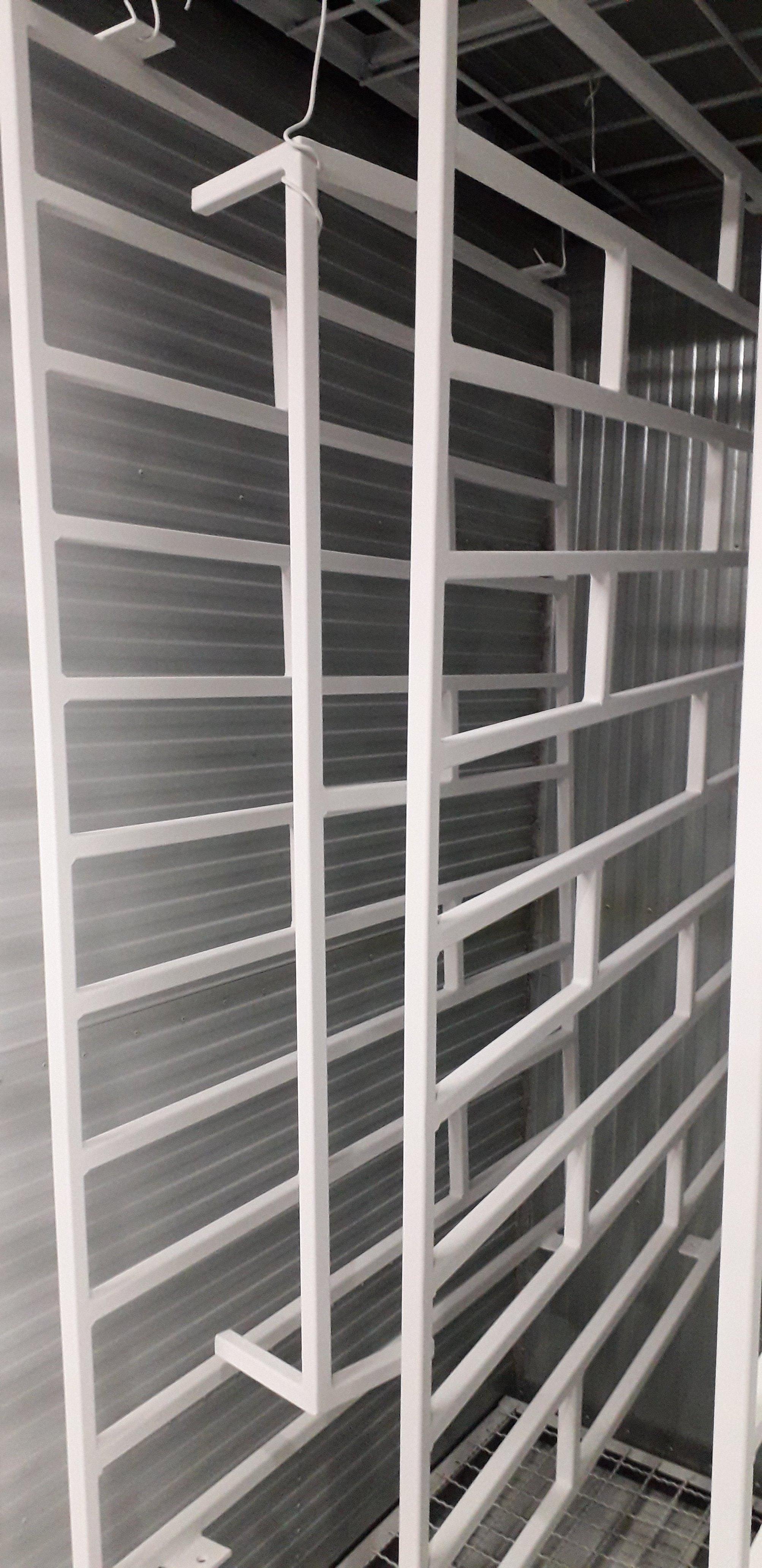 Plastifikacija rešetki za prozore