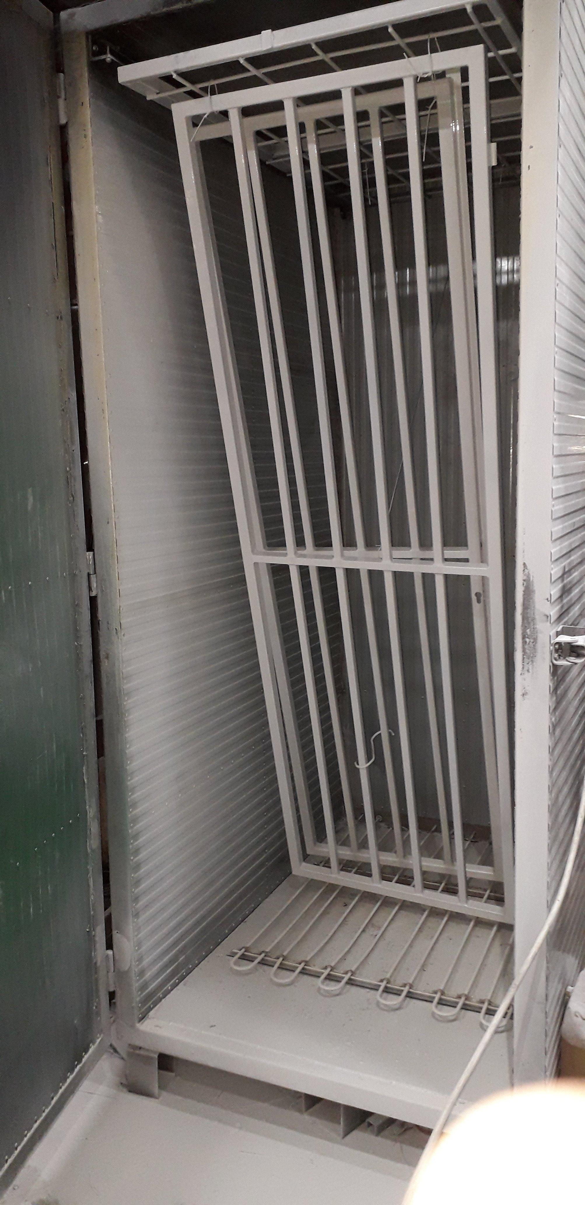 Plastifikacija rešetki za vrata