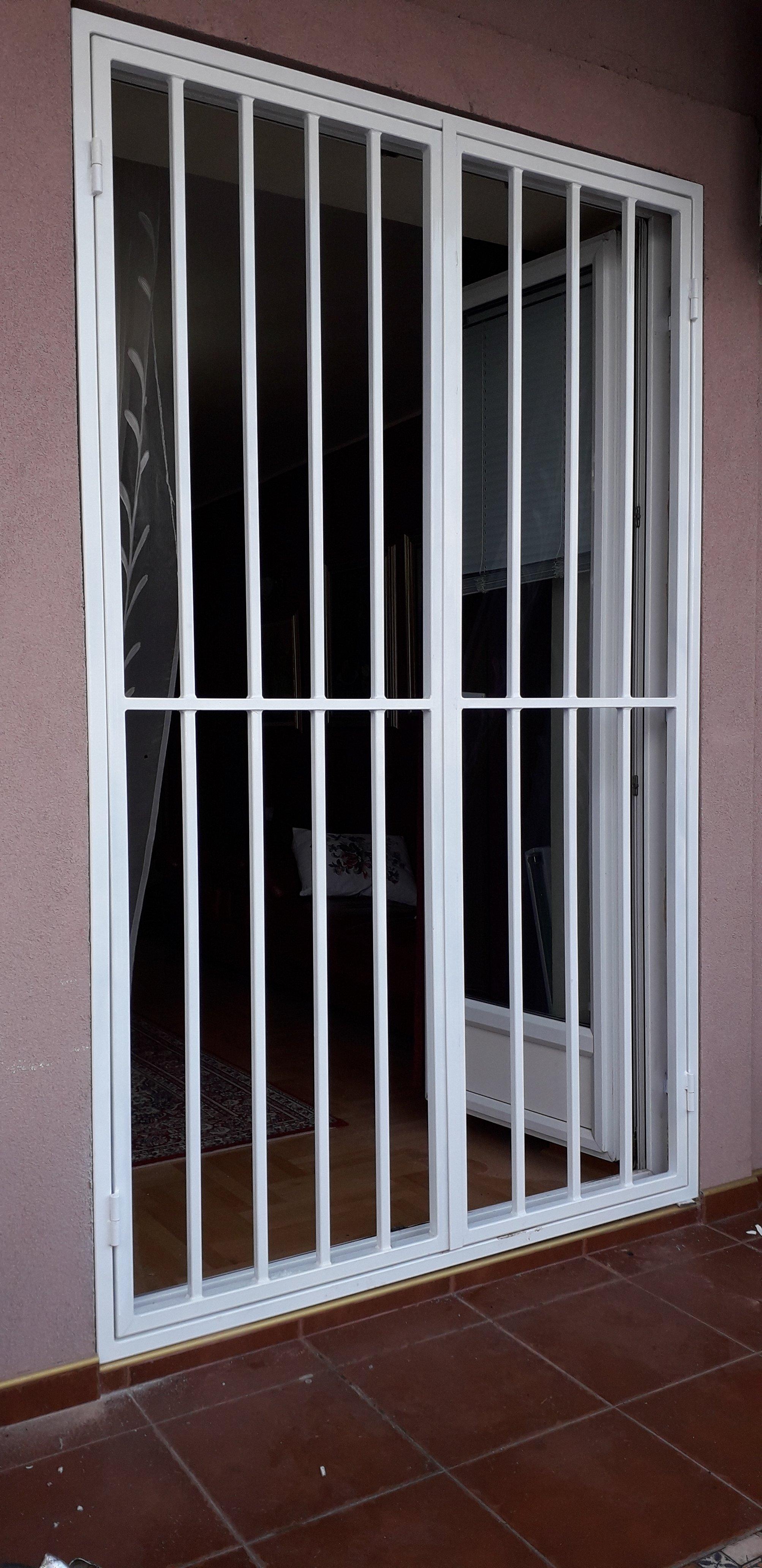 Zaštitna rešetka na vratima